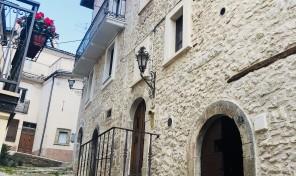 Rocca di Mezzo, L'Aquila